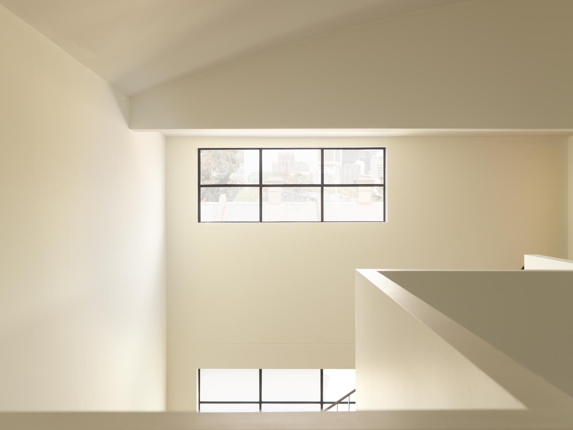 Daylight interior internal void space