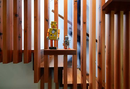 Timber screen and object display on stairs